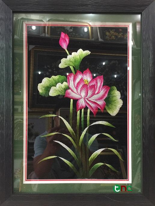 Bật mí ý nghĩa và vị trí đặt của các bức tranh thêu hoa cỏ