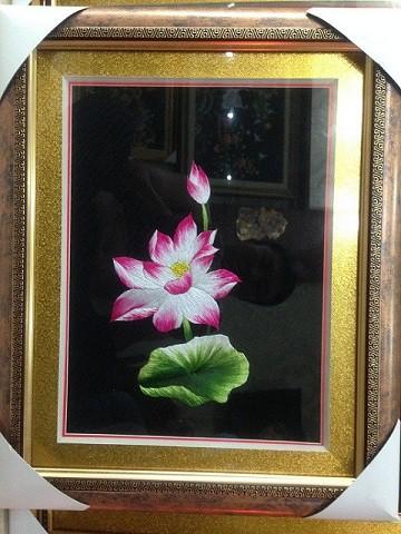 Tranh thêu hoa tnc0608