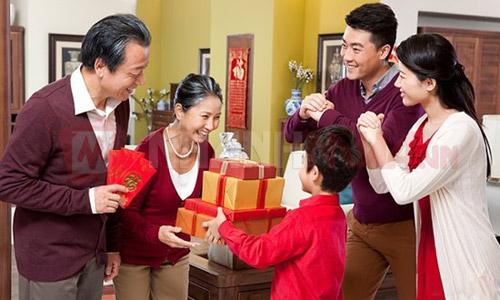 Món quà ý nghĩa gửi đển cha mẹ và ông bà