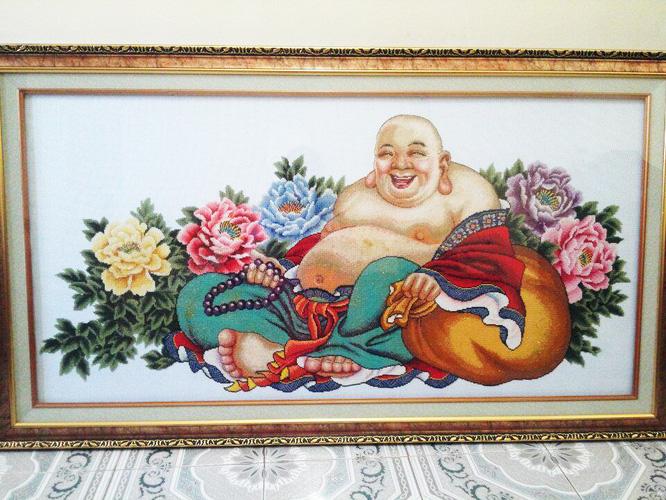 Tranh thêu tay Phật Di Lặc