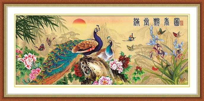 Tranh thêu Chim Công tnc010