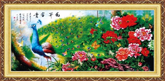 Tranh thêu Chim Công tnc012