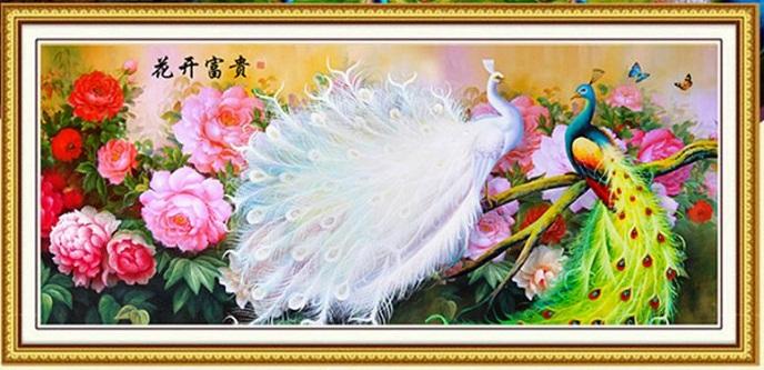 Tranh thêu Chim Công tnc013